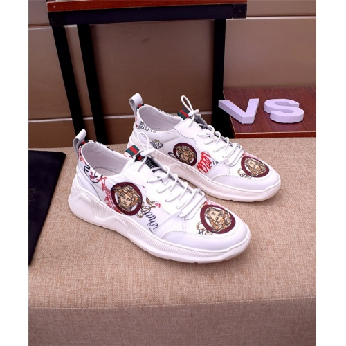 Versace Casual Shoes For Men #765703
