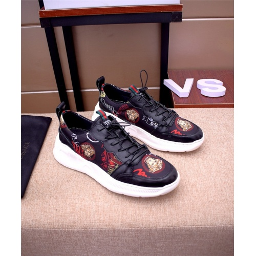 Versace Casual Shoes For Men #765704