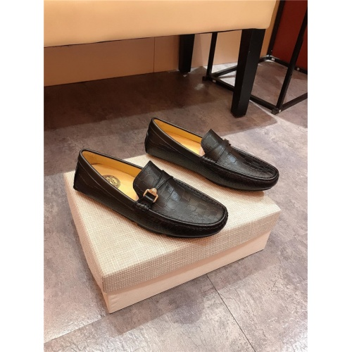 Versace Casual Shoes For Men #765706