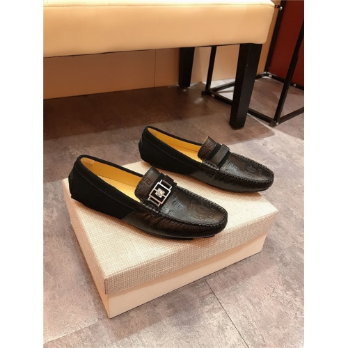 Versace Casual Shoes For Men #765708