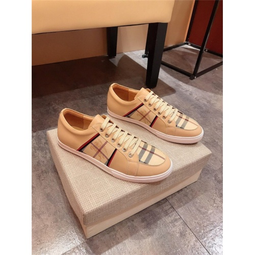 Burberry Casual Shoes For Men #765714