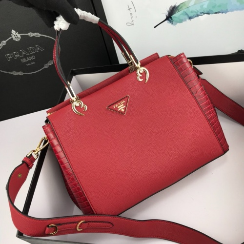 Prada AAA Quality Handbags For Women #766008