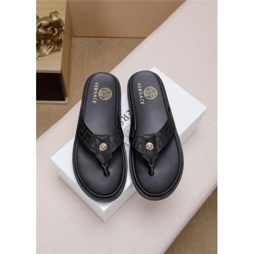 Versace Slippers For Men #766398