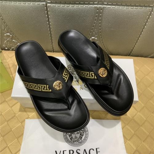 Versace Slippers For Men #767042