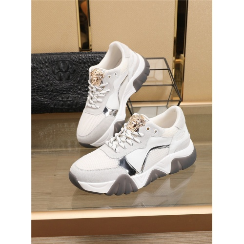 Versace Casual Shoes For Men #767129