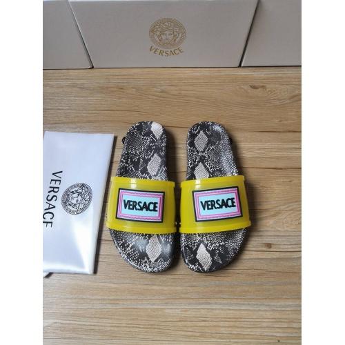 Versace Slippers For Men #767506
