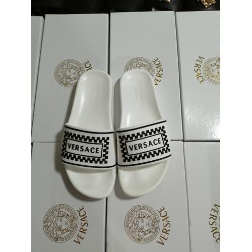 Versace Slippers For Women #767549