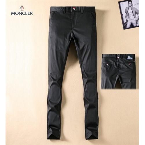 Moncler Pants Trousers For Men #767660