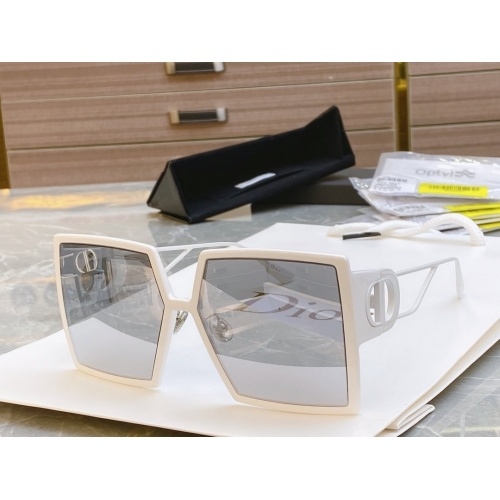 Christian Dior AAA Quality Sunglasses #768032