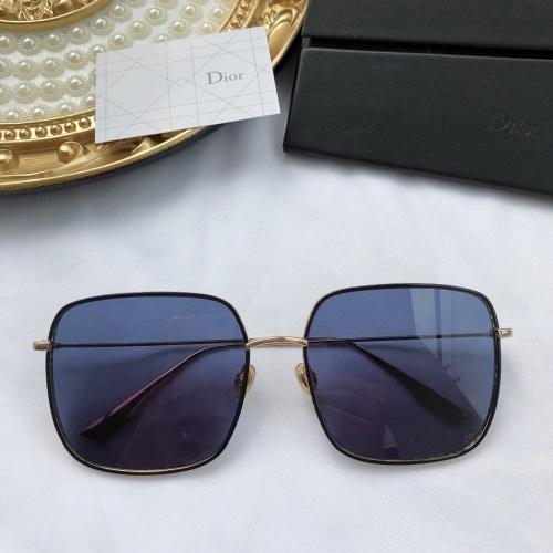 Christian Dior AAA Quality Sunglasses #768055