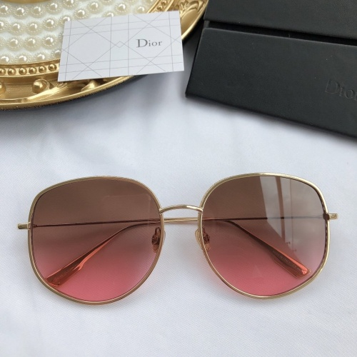 Christian Dior AAA Quality Sunglasses #768060