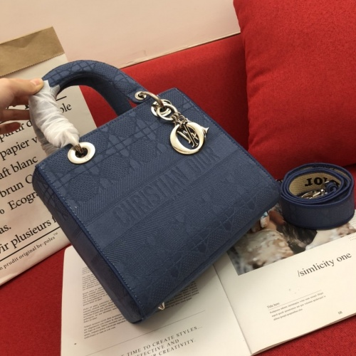 Christian Dior AAA Quality Handbags For Women #768337