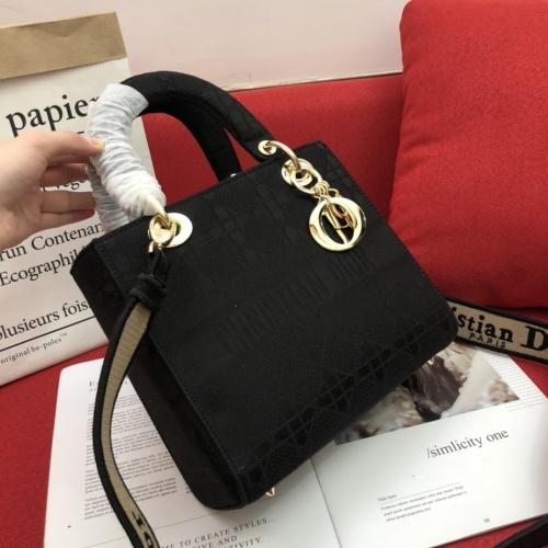 Christian Dior AAA Quality Handbags For Women #768346