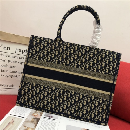 Replica Christian Dior AAA Quality Handbags For Women #768440 $80.51 USD for Wholesale