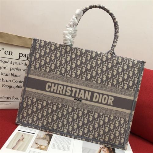 Christian Dior AAA Quality Handbags For Women #768448