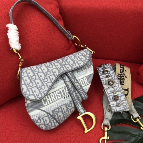 Christian Dior AAA Quality Messenger Bags For Women #768452