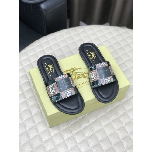 Burberry Slippers For Men #768556