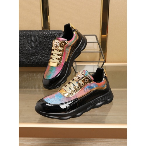 Versace Casual Shoes For Men #768838