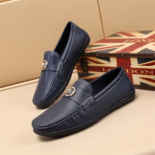 Versace Casual Shoes For Men #769253