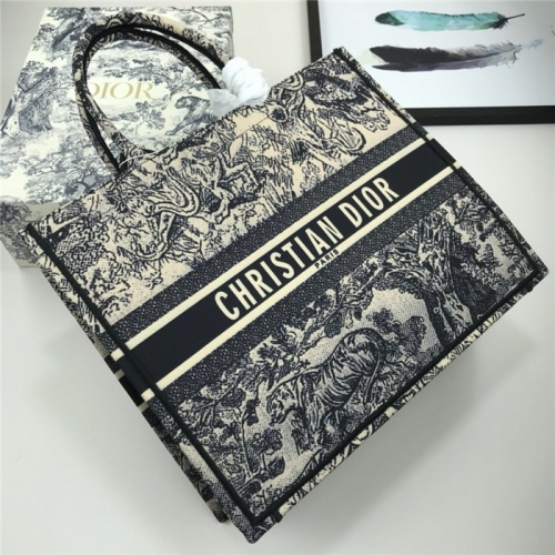Christian Dior AAA Quality Handbags For Women #769258