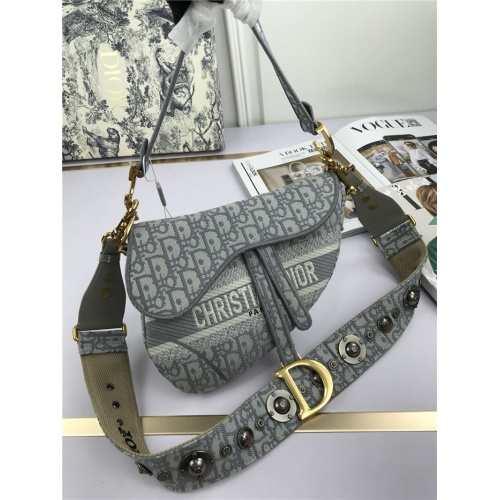 Christian Dior AAA Quality Messenger Bags For Women #769277