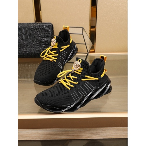 Versace Casual Shoes For Men #769368