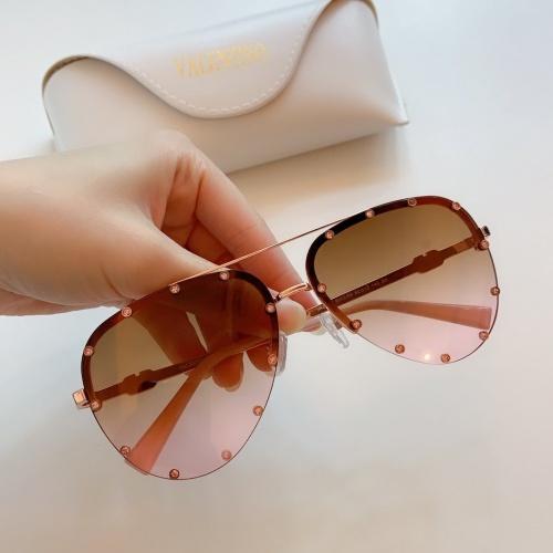 Valentino AAA Quality Sunglasses #769508