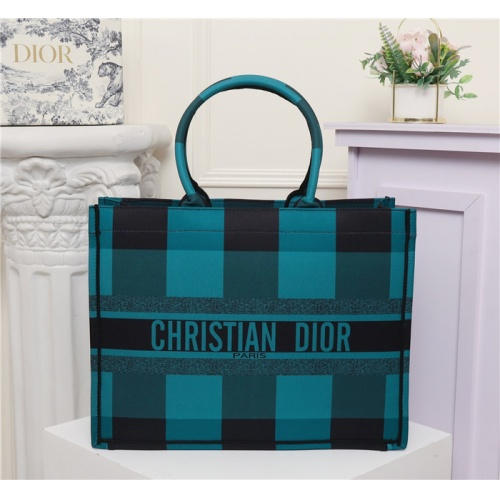 Christian Dior AAA Quality Handbags #769633