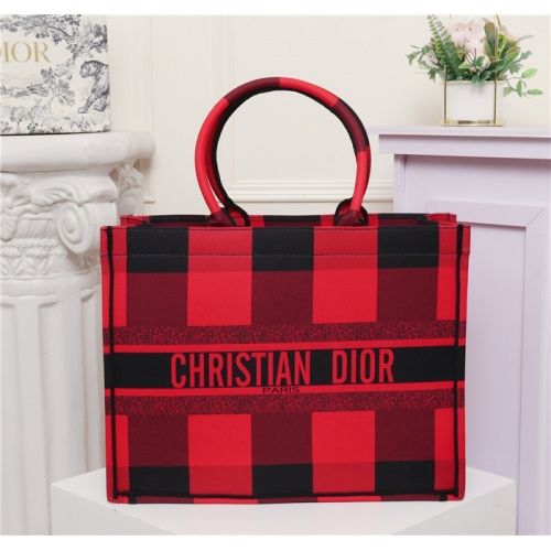 Christian Dior AAA Quality Handbags #769635