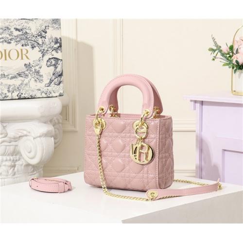 Christian Dior AAA Quality Handbags #769640