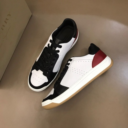 Burberry Casual Shoes For Men #770162