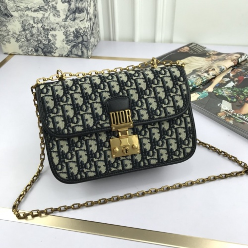 Christian Dior AAA Quality Shoulder Bags #770324