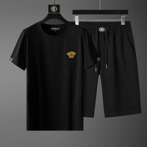 Versace Tracksuits Short Sleeved O-Neck For Men #770405