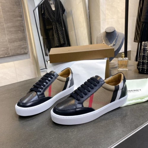 Replica Burberry Casual Shoes For Men #770444 $79.54 USD for Wholesale