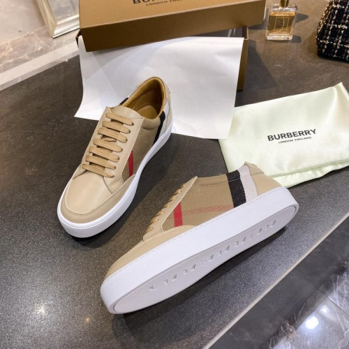 Replica Burberry Casual Shoes For Men #770445 $79.54 USD for Wholesale