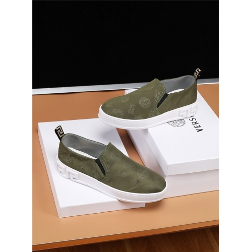 Versace Casual Shoes For Men #770584