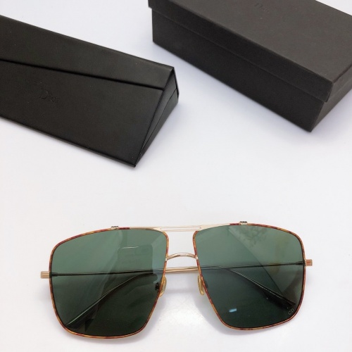 Christian Dior AAA Quality Sunglasses #770749
