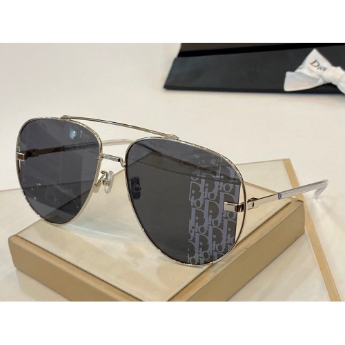 Christian Dior AAA Quality Sunglasses #770750