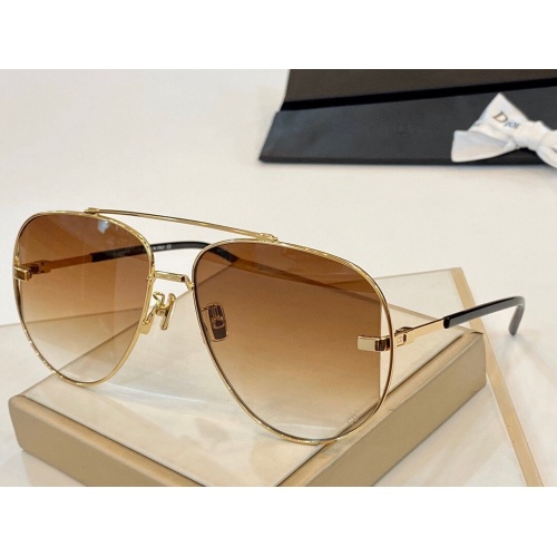 Christian Dior AAA Quality Sunglasses #770755