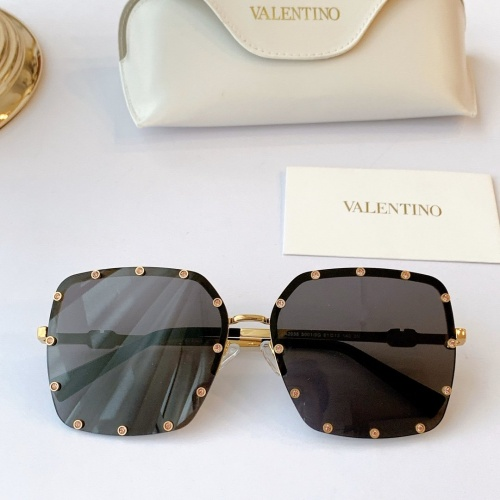 Valentino AAA Quality Sunglasses #770864