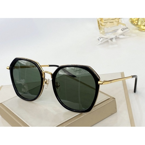 Christian Dior AAA Quality Sunglasses #771255