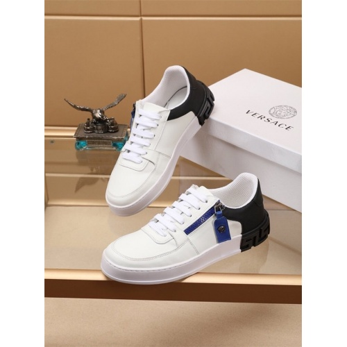 Versace Casual Shoes For Men #772279