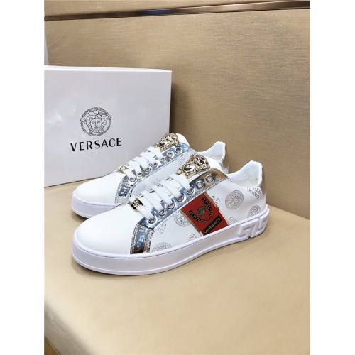 Versace Casual Shoes For Men #772700
