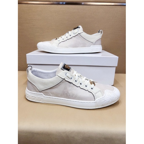 Versace Casual Shoes For Men #772704