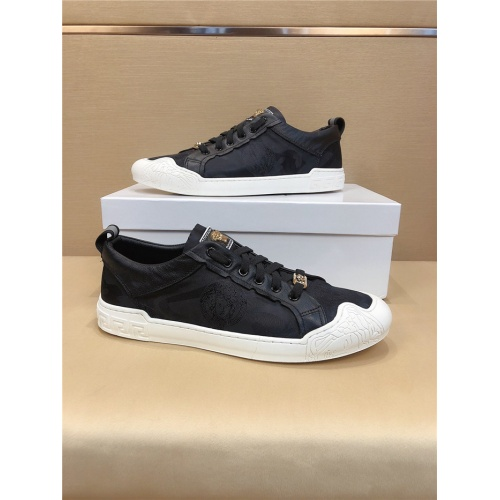 Versace Casual Shoes For Men #772705