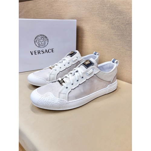 Versace Casual Shoes For Men #772773