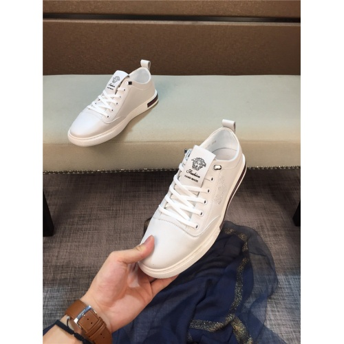 Versace Casual Shoes For Men #772864