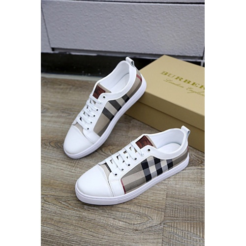 Burberry Casual Shoes For Men #772938