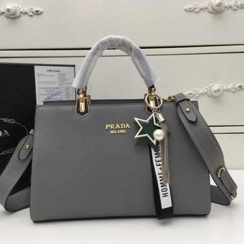 Prada AAA Quality Handbags For Women #773045
