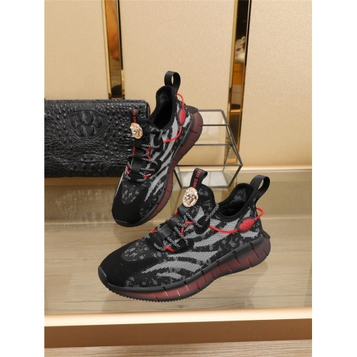 Versace Casual Shoes For Men #773093